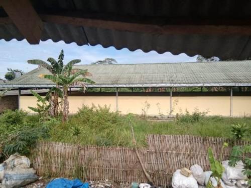 Bangunan Pasar Panaragan merupakan salah satu bangunan yang mubadzir dan tak berpungsi (Foto A. Terpilih)